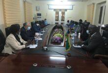 صورة وزير الزراعة يستعرض مع محافظ اقليم المنطقة الاستوائية بجنوب السودان التعاون الزراعي